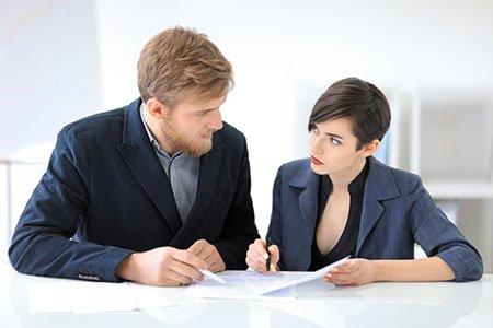 """עוה""""ד ארז משעל ועוה""""ד לוסי מאיר מסבירים איך בני זוג יכולים לזכות בהטבה משמעותית במס רכישה?"""