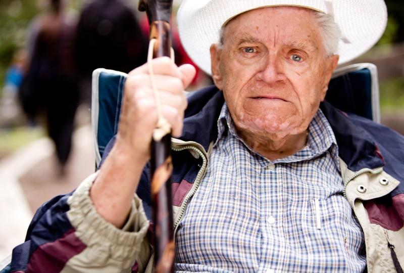 זקן שדורש ייפוי כוח מתמשך\אפוטרופוסות