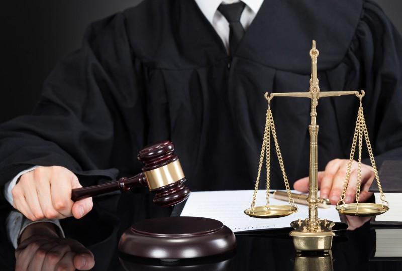 ביטול אפוטרופוסות בבית משפט