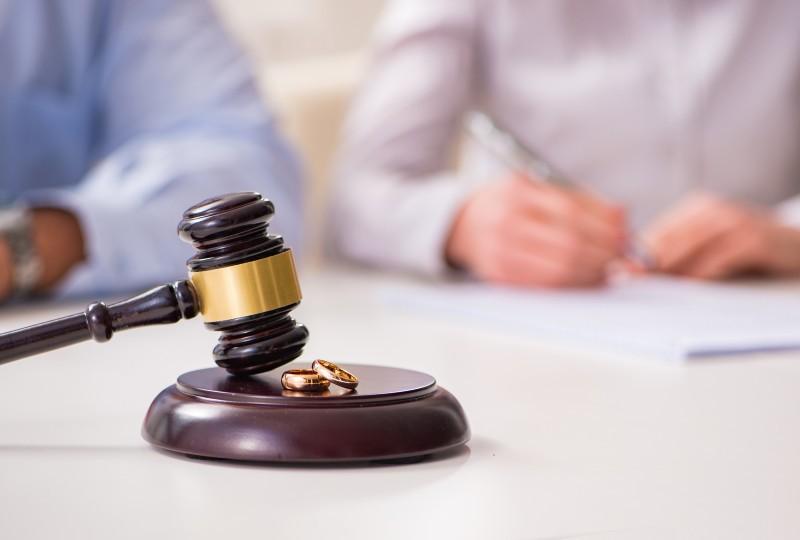 עורך דין לענייני משפחה וגירושין